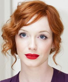 Christina #Hendrix does great #makeup minimalism for red hair and fair skin: classic red red-lip with simple shadow liner eye
