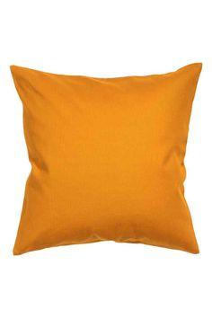 Plátěný povlak na polštářek: Povlak na polštářek z bavlněného plátna se skrytým zipem.