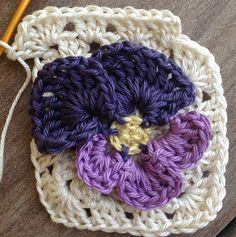 Annoo's Crochet World: Spring Pansy Flower Granny Square Free Pattern