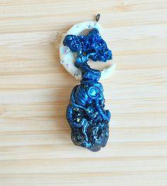 Guarda questo articolo nel mio negozio Etsy https://www.etsy.com/it/listing/527348488/collana-blue-fantasy-tree
