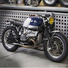 Check out a variety of my preferred builds - tailor made scrambler bikes like Bmw Cafe Racer, Cafe Racers, Custom Cafe Racer, Bike Bmw, Cool Motorcycles, Motorcycle Bike, Vintage Motorcycles, Bmw Scrambler, Bmw Boxer