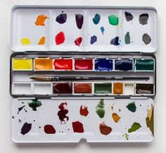 Choosing+Colours+to+Fill+Your+Watercolour+Box