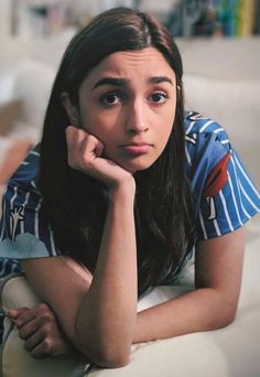 Alia Bhatt Biography - Age, Height, Wiki, Family & More - BuzzzFly Bollywood Celebrities, Bollywood Actress, Alia Bhatt Varun Dhawan, Aalia Bhatt, Alia Bhatt Cute, Alia And Varun, Star Wars, Cute Photography, Cute Woman
