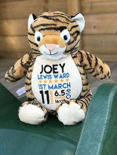 Personalised tiger Cubby by Vinyl & Threads. Perfect gift for a new baby, children's birthdays, baby shower, christening, Christmas and more...