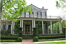 historic homes   | ... Historic Homes , They look like Plantation Homes in New Orleans