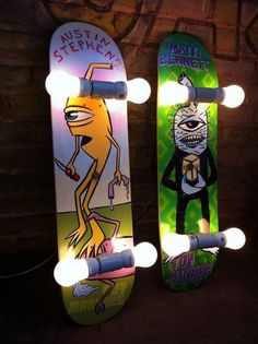 Awesome Repurposed Skateboard Lights: What cool and decorative skateboard lights, they're surely to boost the vibe of a space. Be great for the kids' playrooms or the bedrooms.