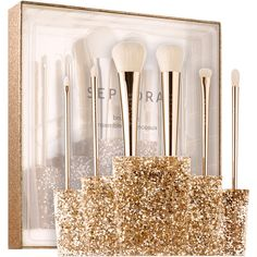 SEPHORA COLLECTION Glitter Happy Brush Set (345 RON) ❤ liked on Polyvore featuring beauty products, makeup, makeup tools, makeup brushes, sephora collection, set of brushes and set of makeup brushes