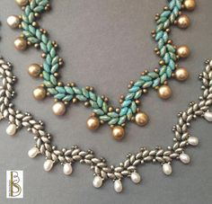 Just the photo Suoerduo beads vs. Beth Stone- I like this for a green holly red berries look.Excited to share this item from my shop: Gentle Waves Necklace - a beadweaving tutorial by Beth Stone - seed beadIf You Give a Girl a Bead - designs by Beth Seed Bead Necklace, Seed Bead Jewelry, Bead Jewellery, Jewelry Necklaces, Seed Beads, Seed Bead Crafts, Ankh Necklace, Jewelry Tree, Flower Necklace