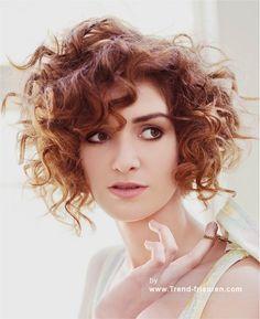 SALLY MONTAGUE Mittel Braun Weiblich Curly Multi-tonalen Orgien Frauen Frisuren hairstyles