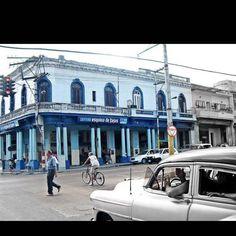Location: Havana Cuba #APSphoto #cuba #havana #habana #havanaclub #habanavieja #cuban #cubana #cubans #ocean #nature #naturelovers #travel #vacation #caribbean #igers #igdaily #instadaily #like4like #shoutout #like4like #thebestdestinations #art #car #beautiful #amazing #earth #exotic #hotel #capitol #street by apsphoto1