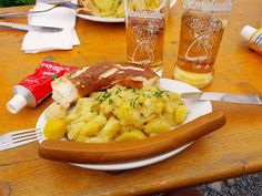 Homeveganer: Kartoffelsalat, Würstchen und Senf auf der Seeben-...