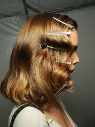 How to do 1940s curls: #hair #tutorial