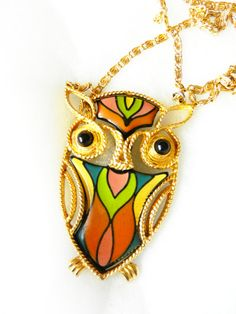 Spectacular 1960 Vintage - beautiful necklace with pendant Signed-Owl in Bakelite, enamel-Art.1R/ 2 -