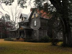 could be haunted....Bed and Breakfast? LOL