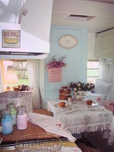 A shabby chic camper; go figure. Caravan Vintage, Vintage Camper Interior, Vintage Rv, Vintage Caravans, Vintage Travel Trailers, Vintage Style, Vintage Vibes, Retro Style, Vintage Inspired