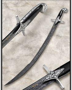 SOLD.   I made this sword and my wife @renata_engraver has engraved it.   VENDIDA.   Fiz esta espada  e minha esposa @renata_engraver fez o engraving.   #knives #knife #collector #combat #comandos #bushcraft #selva #sobrevivencia #survivel #knifepics #knifemaker #usnstagram #tactical #tacticalknife #knifestagran #knifenut #caça #blade #lâmina #guncollector #usn #usualsuspect #prepper #gun #militarespelomundo #pqdt #engraving #cigars #sword