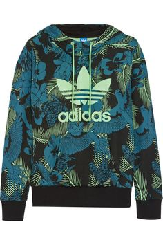 Sportswear is having a big fashion moment right now. Head to Stylish 365 to find the best online activewear stores for women. Tommy Clothes, Adidas Originals, Sports Hoodies, Sports Tops, Adidas Outfit, Jeans And Sneakers, Blue Hoodie, Frame Denim, Blue Tops