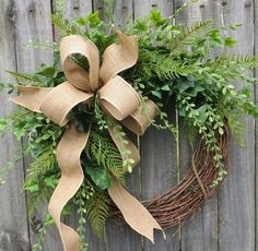 Greenery Wreath – Wreath Great for All Year Round – Everyday Burlap Wreath, Door Wreath, Front Door Wreath - Wreath Ideen Wreath Crafts, Diy Wreath, Grapevine Wreath, Burlap Wreath, Diy Crafts, Wreath Ideas, Monogram Wreath, Cotton Wreath, Beautiful Front Doors
