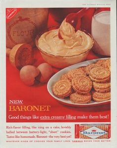 """Description: 1961 NABISCO BARONET COOKIES vintage magazine advertisement """"extra creamy filling"""" -- New Baronet -- Good things like extra creamy filling make them best! Rich-flavor filling, like icing on a cake, lavishly ladled between buttery-light, """"short"""" cookies. Tastes like homemade. ..."""