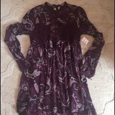 FREE PEOPLE DRESS✌️ Beautiful burgundy print dress with lace crocheted details  and open back. Never worn. Nwt. Size large. Very light material. Cute spring dress with slight hi-lo hem. Free People Dresses Mini