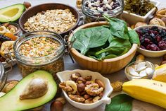Which Foods are Rich in Potassium? | WebMD Magnesium Vorteile, Magnesium Benefits, Magnesium Deficiency, Health Benefits, Zinc Deficiency, High Potassium Foods, Calcium Deposits, Healthy Aging, Plant Based Diet