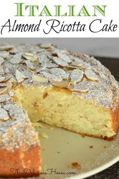 cake recipes Italian Almond Ricotta Cake is the perfect Italian dessert. This recipe is full of flavor and so simple to make with ricotta cheese and almond extract. Almond Recipes, Baking Recipes, Italian Almond Cake Recipe, Italian Cake, Italian Foods, Food Cakes, Cupcake Cakes, Bon Dessert, Quick Dessert