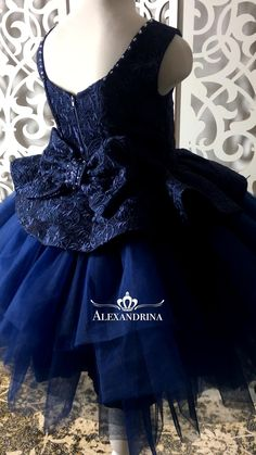 Girls Pageant Dresses, Gala Dresses, Dresses Kids Girl, Evening Dresses, Flower Girl Dresses, Girl Baby Pic, Toddler Outfits, Kids Outfits, Baby Frocks Designs