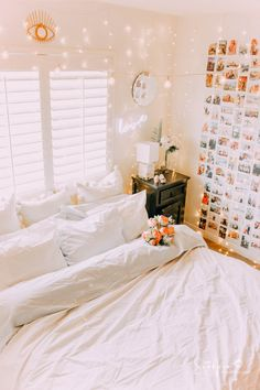 25 Cozy Bedroom Decor Ideas that Add Style & Flair to Your Home - The Trending House Cozy Dorm Room, Cute Dorm Rooms, Cozy Bedroom, White Bedroom, Cool Rooms, Bedroom Decor, Bedroom Bed, Wall Decor, Bedroom Ideas