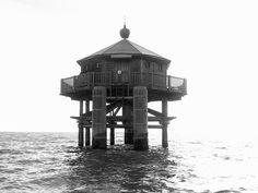 Pointe des Minimes lighthouse [2000 - La Rochelle, Aquitaine, France]