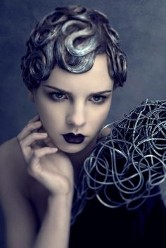 Agnieszka Jopkiewicz/ Medusa hair.