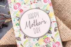 Make mom's day with this awesome DIY Card - made with Cricut Explore