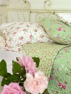Vintage looking green bedding from GreenGate