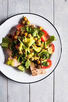 Fattoush Nachos with Crispy Za'atar Roasted Chickpeas | The Full Helping