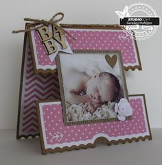 Geralien & # s Kreationen: Baby Source by ineduynhouwer Baby Health, Kids Health, Diy And Crafts, Paper Crafts, Folded Cards, Gifts For Kids, Cardmaking, New Baby Products, Birthday Cards