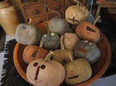 Bowl of prim pumpkins by olde lady morgan Primitive Pumpkin, Primitive Crafts, Primitive Christmas, Primitive Autumn, Halloween Doll, Holidays Halloween, Halloween Crafts, Halloween Gourds, Scarecrow Crafts
