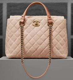 Chanel quilted baby pink # coral # vintage handbag # medal chains with leather # limited GG's tiny times ♥