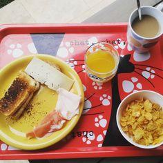 Mañana nublada, #ejercicio y buen #desayuno para empezar el día con fuerza #Felizsabado #anaymiguelweb