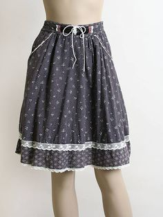 Vintage Gunne Sax Skirt 1970s Black Gray Floral and