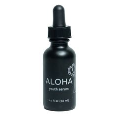 1 fl oz | 30 ml Turn back time with the Aloha Youth Serum by Honua Skincare. This ultra-luxe serum is a blend of traditional Hawaiian botanicals known for their healing and regenerative properties. Aloalo, the hibiscus flower and the native shrub of 'awa, work together to firm and tighten the skin. While the herbal infusion of noni delivers a rich dose of vitamin C and the comfrey leaf regenerates skin cells to reverse the signs of aging for that coveted youthful Hawaiian glow. WHAT YOU GET…