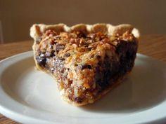 A Southern Grace: derby daze Kentucky Derby Food, Bourbon Kentucky, Derby Recipe, Fudge Pie, Delicious Desserts, Yummy Food, Good Pie, Best Pie, Best Banana Bread