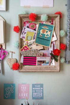 old frame as pinboard