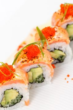 These look delicious! Just need some spicy mayo and wasabi, yum!