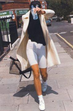 Fashion Gone Rouge, 90s Fashion, High Fashion, Winter Fashion, Fashion Outfits, Womens Fashion, Couture Fashion, Runway Fashion, Fashion News