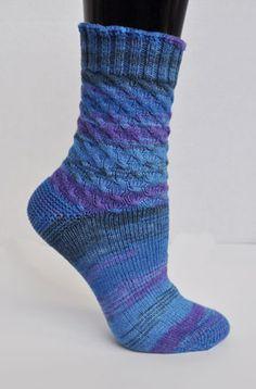 Toe-Up Twist Socks - Panda Cotton - Crystal Palace Yarns Knitting Patterns Free, Knitting Designs, Knit Patterns, Free Knitting, Knitting Projects, Free Pattern, Crochet Slippers, Knit Crochet, Knitting Socks