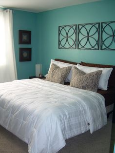 aqua blue bedrooms | aqua blue room - Bedroom Designs - Decorating Ideas - HGTV Rate My ...