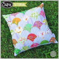 Sizzix Die Cutting Tutorial: Clamshell Pillow by Amy Friend