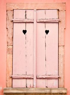 window with peach shutters in peach wall, pantone blooming dahlia, coral peach, salmon pink Pretty In Pink, Tout Rose, Wooden Shutters, Window Shutters, Green Shutters, Wooden Windows, Pink Houses, Everything Pink, Pink Walls