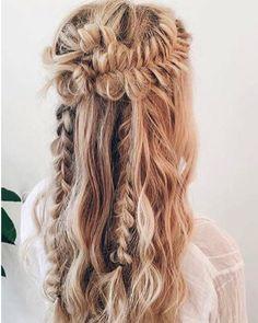 Festival-inspired plaited hairstyle. Image: Instagram/@theblowoutbar #weddinghair #plait #braid