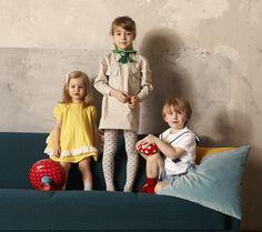 Zum Nachnähen: 60er Retro Kindermode von Dior aus den 60ern - Schürzenkleidchen, einen Matrosenanzug und ein Kleid