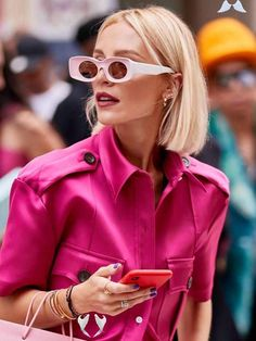 7 Fabulous Street Style Trends We've Seen All Over Milan This Week  <br> The best street style looks during Milan Fashion Week September 2019. See the seven trends we rate. Street Style Trends, Casual Street Style, Best Street Style, Style Casual, Cool Street Fashion, Street Style Looks, Style Uk, London Fashion Weeks, Milan Fashion